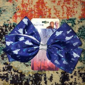 🛍5 for $25 item!🛍 Frozen II Hair Bow